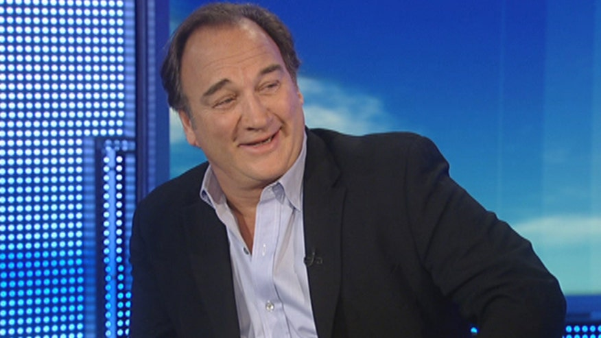 Comedian Jim Belushi gives tips on how he handles gout during the holidays