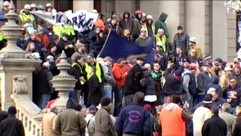 Unions protest right to work legislation in Michigan