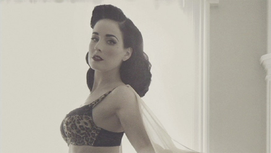 Burlesque dancer Dita Von Teese shares her tips on buying a proper-fitting bra to enhance your curves.
