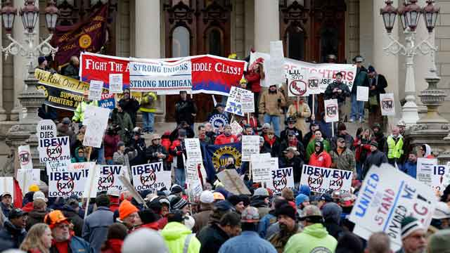 Pro-union protesters gather at Michigan State House
