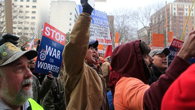 Michigan Democrat 'disgusted' by right-to-work law
