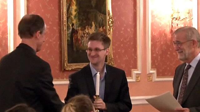 NSA task force leader backs talks on amnesty for Snowden