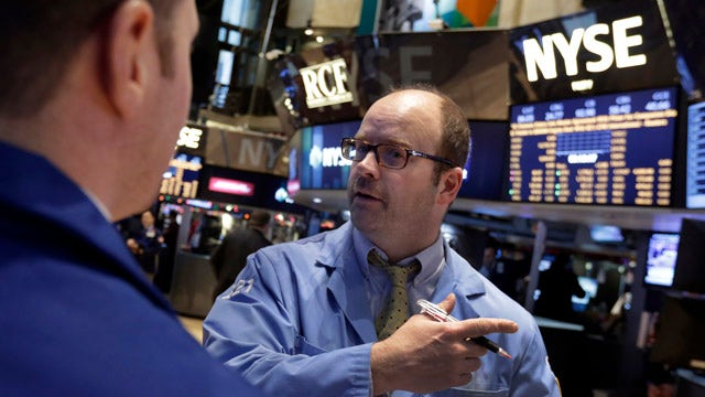 Americans question financial stability in 2014