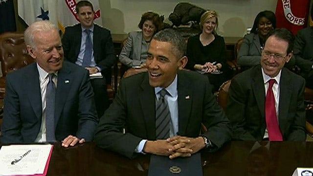 Obama talks healthcare.gov, NSA surveillance with tech execs