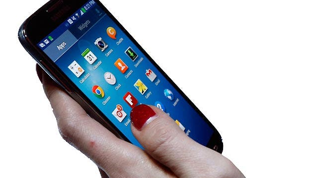 US companies spending more dough on mobile ads