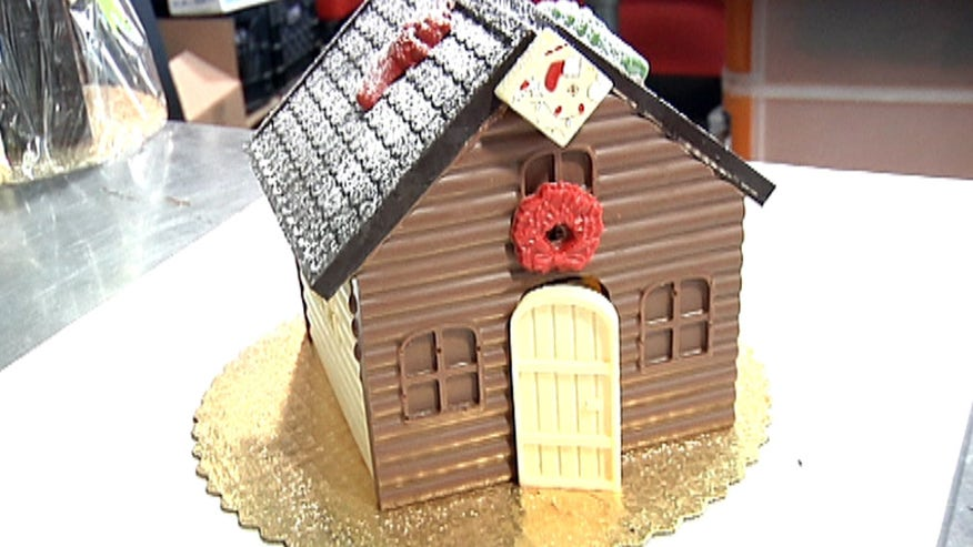 Famed chef and chocolatier Jacques Torres shows us how to make an over-the-top chocolate gingerbread house.