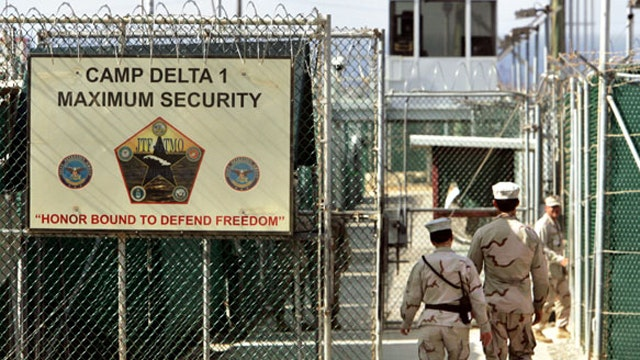 Obama administration sends 4 Afghans back home from Guantanamo