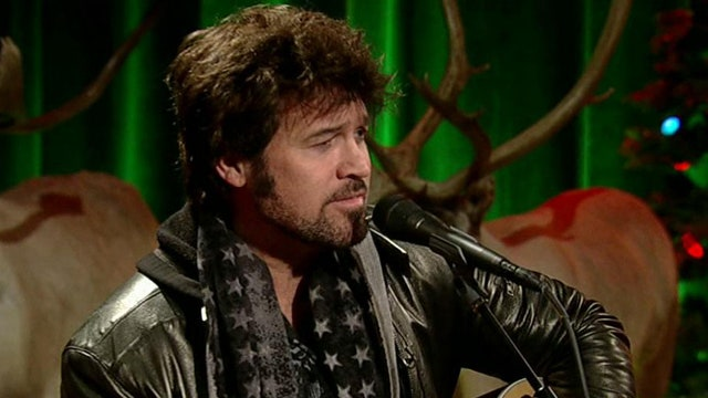Billy Ray Cyrus performs 'Run Rudolph Run'