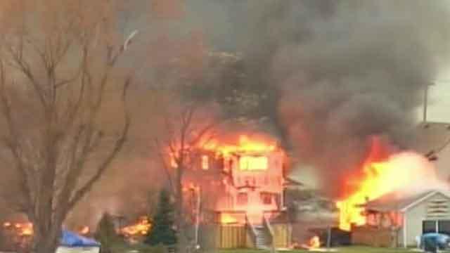 Suspect in firefighter ambush killings leaves note
