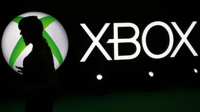 Xbox Live back online, PlayStation Network still down after apparent hack attack