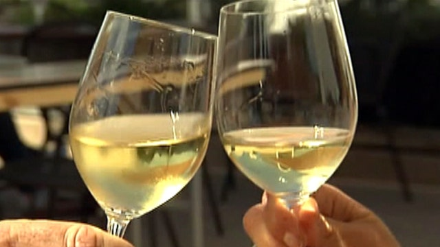 Study: Moderate drinking may help boost immune system