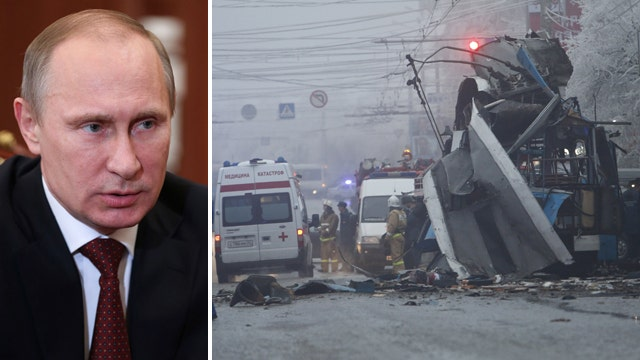 Putin vows to annihilate terrorists after deadly bombings