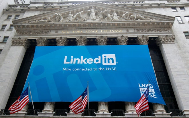 LinkedIn gives employers company-wide week off refresher to fight burnout
