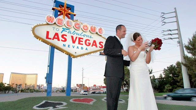 Living In Las Vegas Pros And Cons : Financial Pros and Cons of Shacking Up After 60  Fox Business