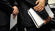6 Items Every Grad Should Have on an Interview