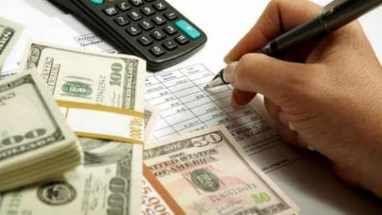 Tax Returns: Do Them Yourself or Hire Help?