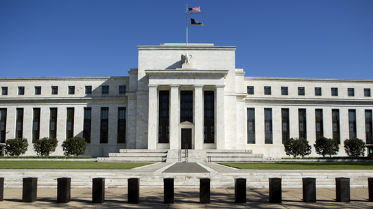 Fed Keeps 'Considerable Time' Phrase, Continues to Monitor Economic Data
