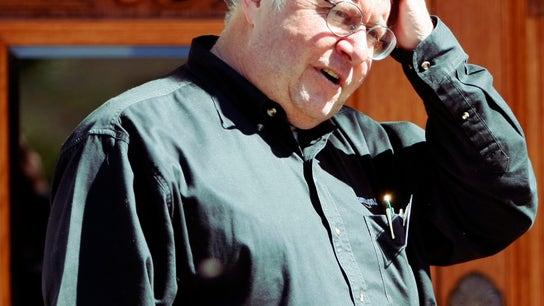Bill Miller, Leaves Legg Mason, But Still Hot on Amazon