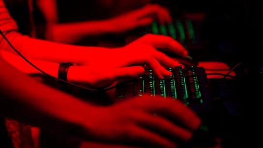 Russian Hackers Use Windows Flaw to Spy on NATO, Ukraine