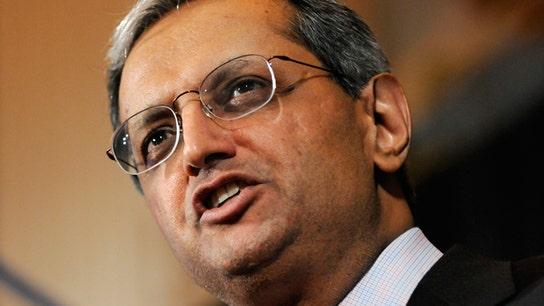 SEC Looking into Citi's Disclosure of Pandit's Exit