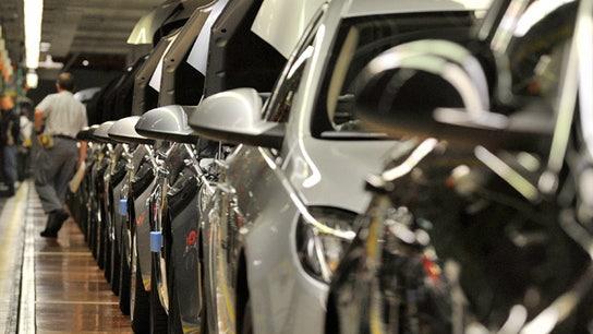 GM's 2012 Sales Edge Higher