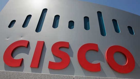 Cisco tops profit, revenue estimates boosted by software