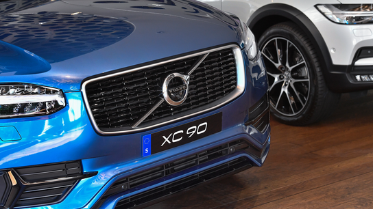 Volvo goes electric, ditches cars powered solely by gas