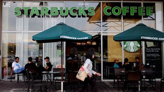 Malaysia, Indonesia Muslim groups call for Starbucks boycott