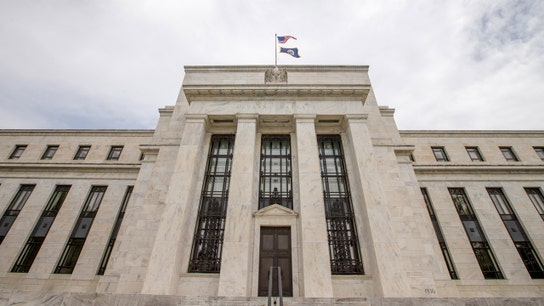 Fed Officials Brush Off Weak GDP, Ready to Hike