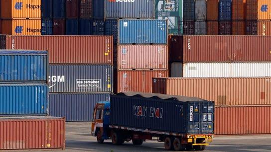 US deficit, tariffs top concerns among economists