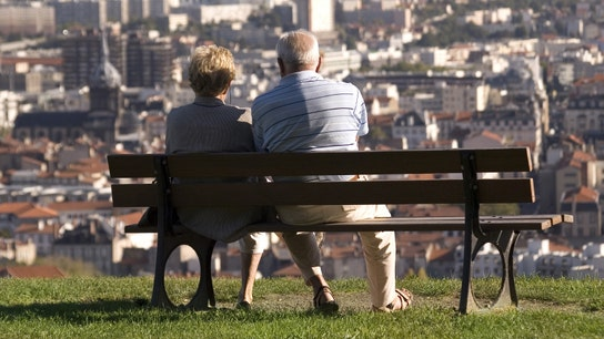 Thinking of Filing for Social Security as a Spouse? Read This First
