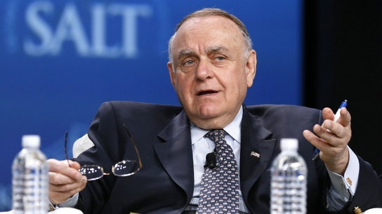 Leon Cooperman leaves hedge fund business, but he isn't going quietly