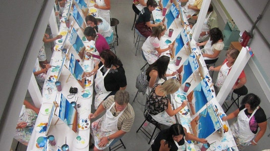 Growing Franchise Offers Art Playtime for Adults