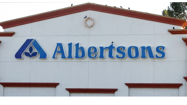 Albertsons Looks To Raise About 2 Billion In Ipo Fox Business