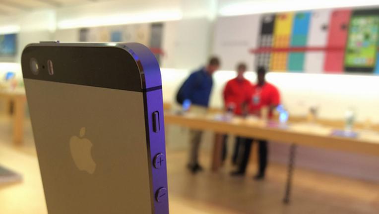 Will iPhone 7 Help Apple, Inc.'s Gross Profit Margin?
