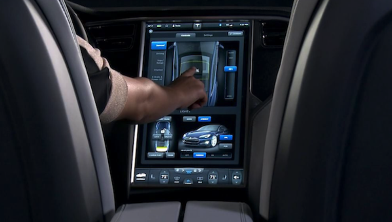 The Most Compelling Argument for How Tesla Motors Is a Tech Company