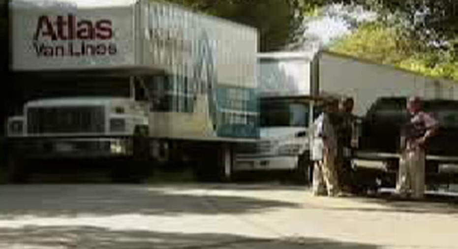 0_25_062709_movingvan
