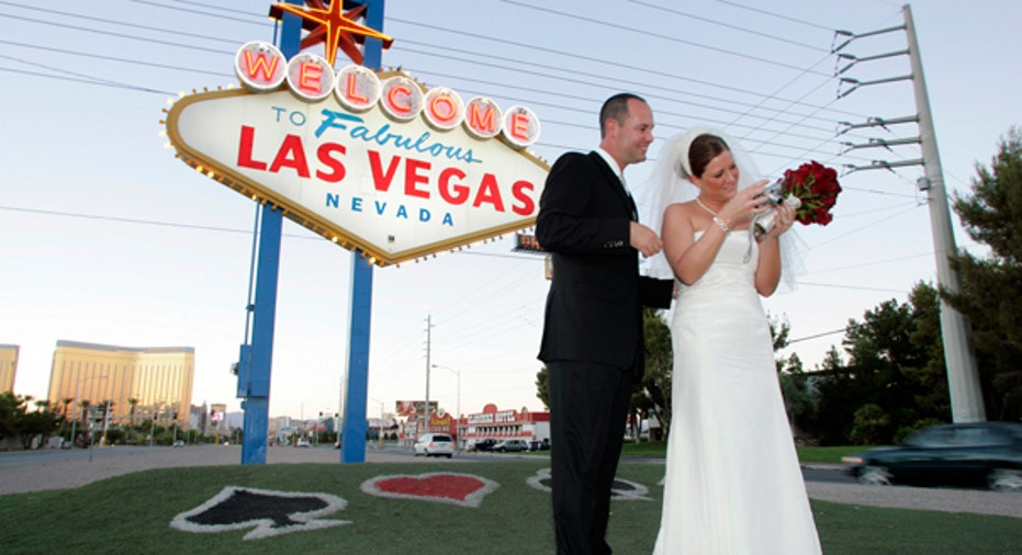 LIFE VEGAS WEDDING