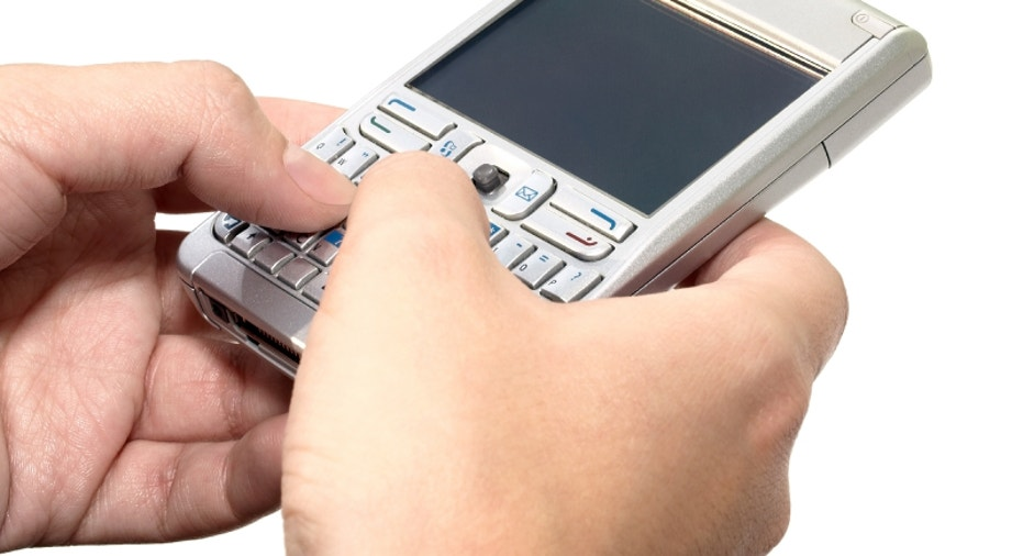 typing message on the personal digital assistant