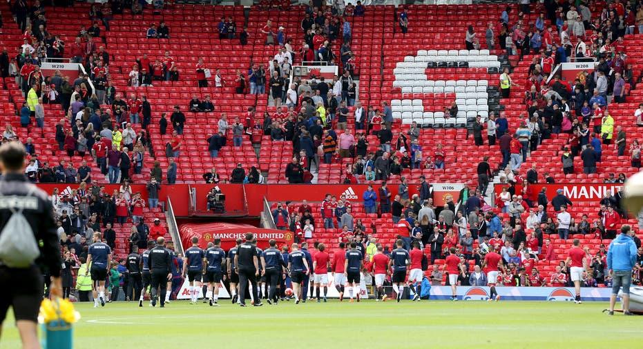Manchester United match abandoned