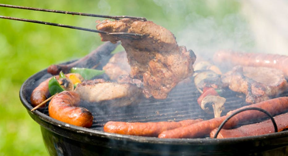 Barbecue_Summer_Outside_cooking_meat