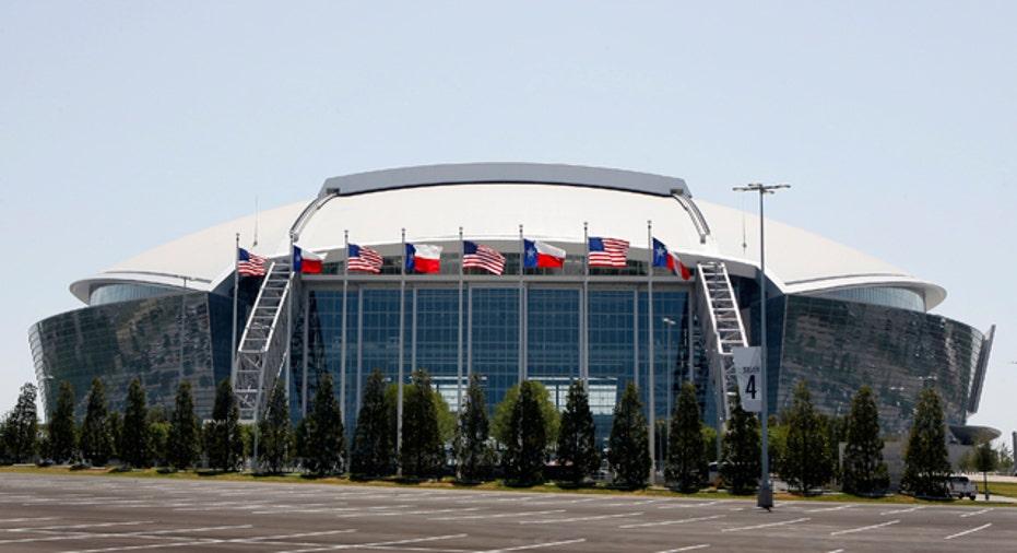 Cowboys Stadium, 640x360