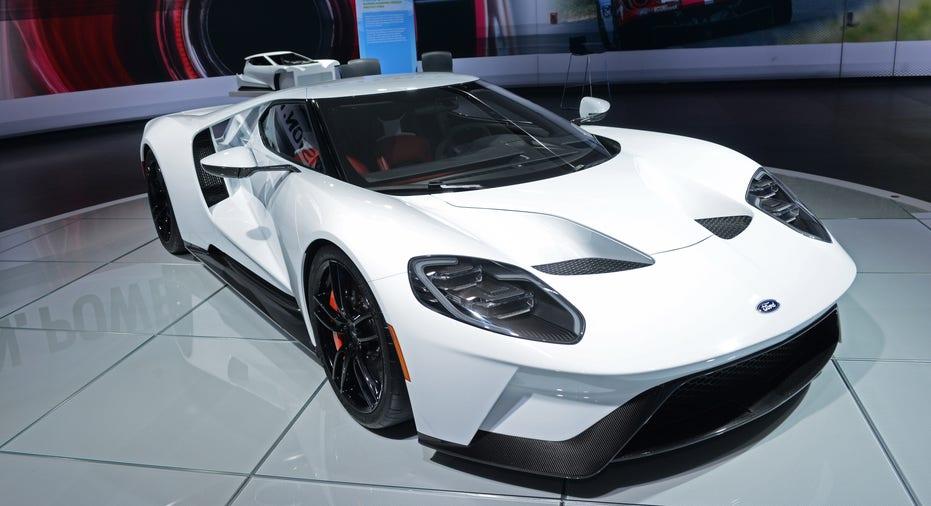 Ford GT white FBN