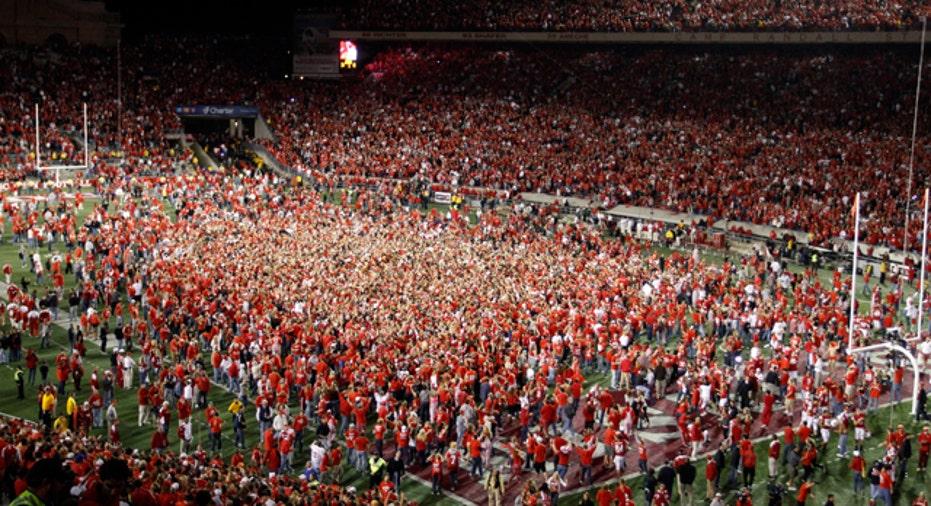 University Wisconsin Football, PF Stadium