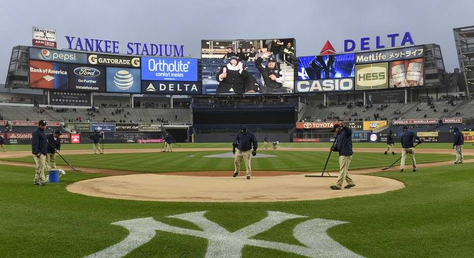 Yankee Stadium Delta 2
