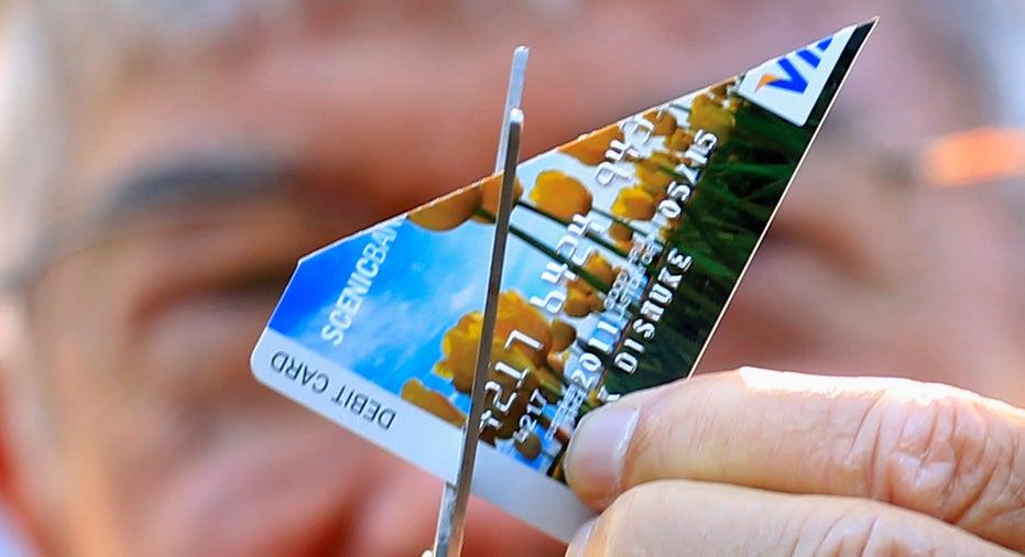 cutting_credit_card_FBN