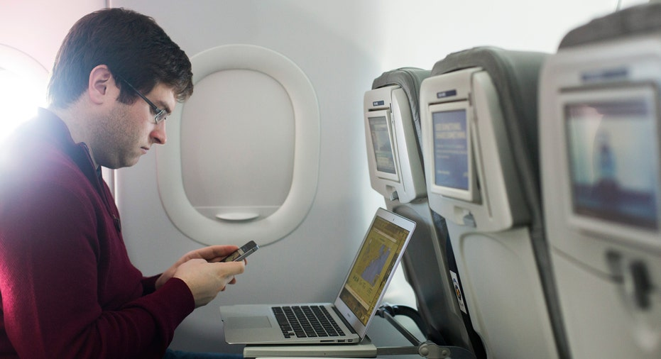 AIRLINES-WIFI