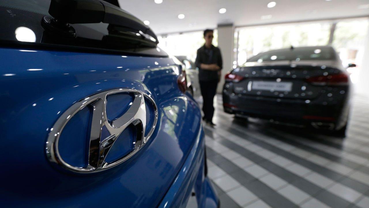 Hyundai takes on tesla plans electric luxury car fox business biocorpaavc Images