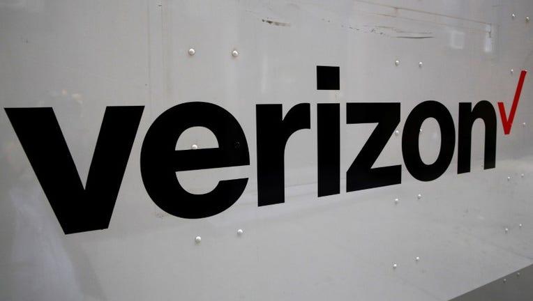 Verizon's move to unlimited data ups ante in wireless war