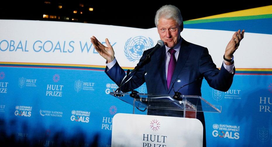 Bill Clinton Hult Prize 2017 AP FBN